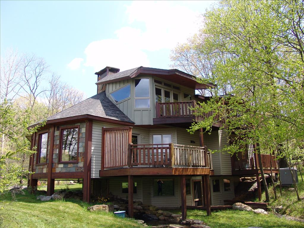 Unique retreat vacation rental home - Large summer houses energizing retreat ...